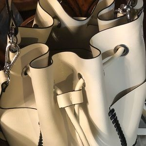 Zara basis collection BUCKET BAG